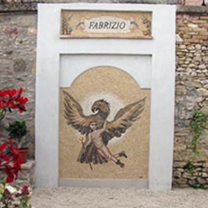 decorazione tomba mosaico moderno
