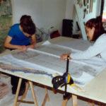 allieve del corso di mosaico industriale