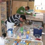 allievi del corso di mosaico industriale
