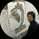 Floriane allieva del corso di mosaico romano