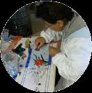 Rossana allieva del corso di mosaico industriale