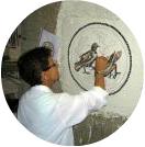 Rossana allieva del corso di mosaico romano