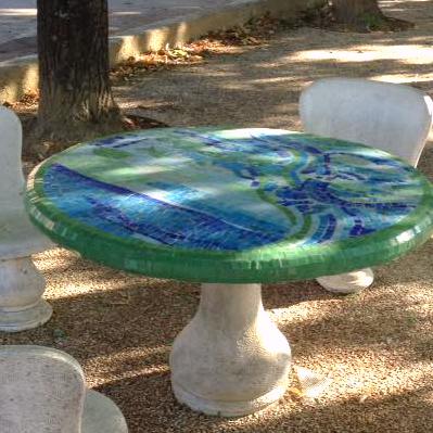 tavolo-arredo-urbano-mosaico