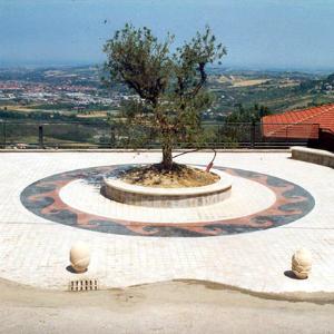 torriana-piazza-mosaico-urbano