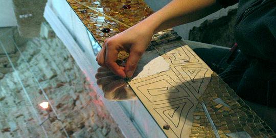 decoro per specchio a mosaico