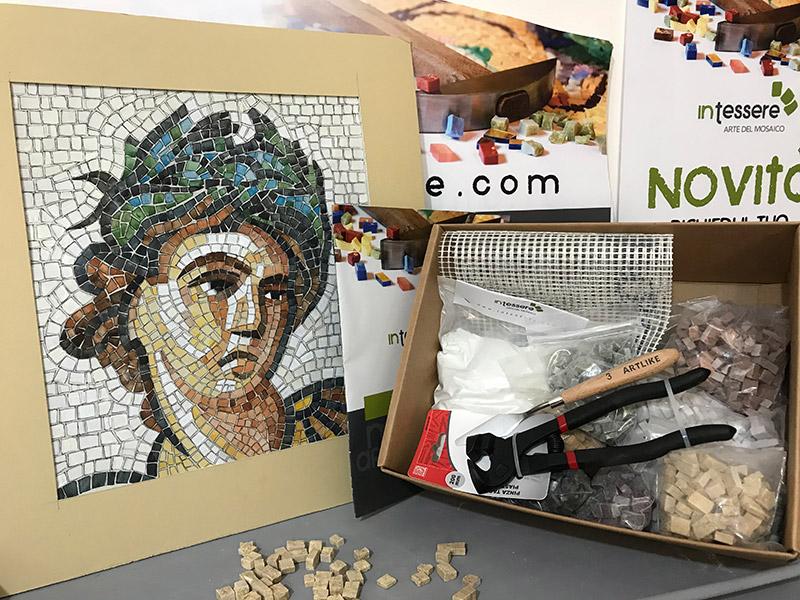 contenuto kit per mosaico intessere
